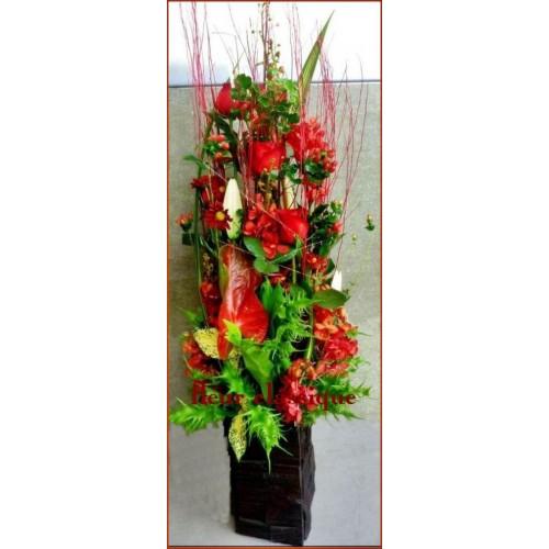 แจกันดอกไม้ ทรงสูงสีแดง(vase flower)