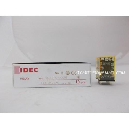 RU2S-C-A220 220-240VAC  IDEC  ราคา 300 บาท
