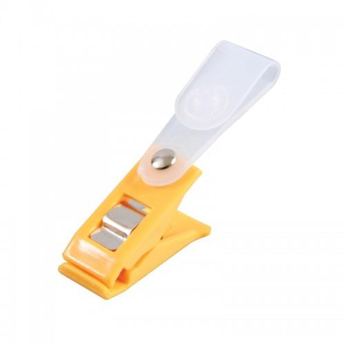 คลิ๊บติดบัตรพลาสติก สีเหลือง(20ห่อ)